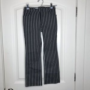 NWT Tilly's Pin Stripe Cropped Pants - So trendy!